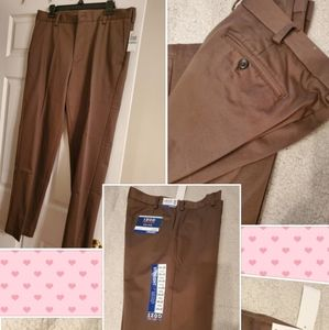 MEN'S NEW WITH TAG! IZOD CHINOS